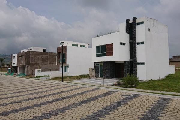 Foto de casa en venta en  , lomas de angelópolis ii, san andrés cholula, puebla, 4420847 No. 02