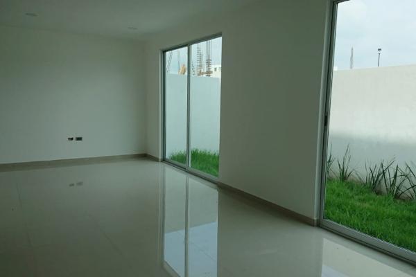 Foto de casa en venta en  , lomas de angelópolis ii, san andrés cholula, puebla, 4420847 No. 04