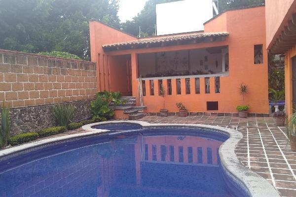 Foto de casa en venta en  , lomas de atzingo, cuernavaca, morelos, 3797997 No. 01