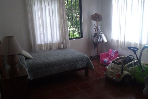 Foto de casa en venta en  , lomas de atzingo, cuernavaca, morelos, 3797997 No. 02