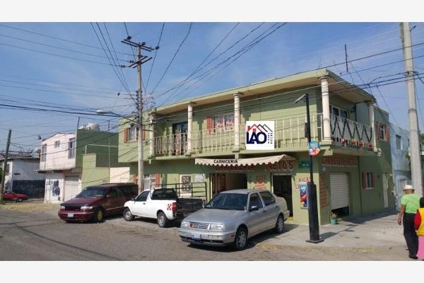 Foto de edificio en venta en  , lomas de casa blanca, querétaro, querétaro, 3032239 No. 01