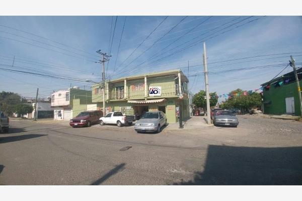 Foto de edificio en venta en  , lomas de casa blanca, querétaro, querétaro, 3032239 No. 02
