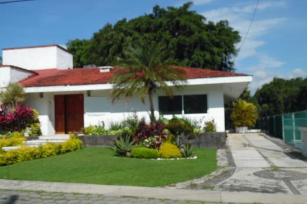 Foto de casa en venta en  , lomas de cocoyoc, atlatlahucan, morelos, 2710899 No. 02