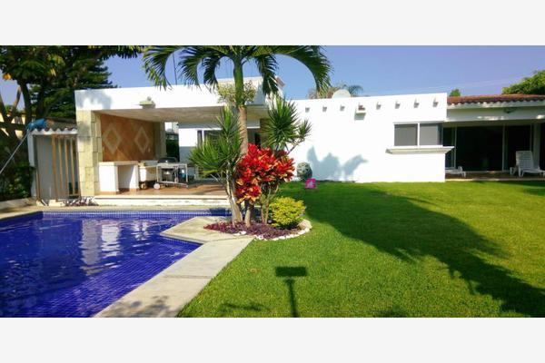 Foto de casa en venta en  , lomas de cocoyoc, atlatlahucan, morelos, 5672520 No. 01