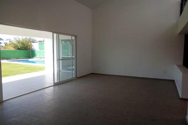 Foto de casa en venta en  , lomas de cocoyoc, atlatlahucan, morelos, 6188408 No. 02