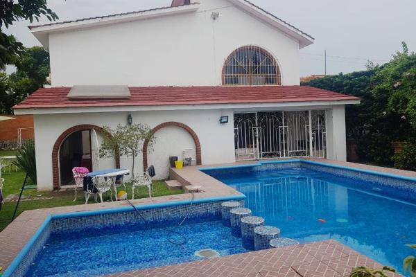 Foto de casa en venta en  , lomas de cocoyoc, atlatlahucan, morelos, 8842607 No. 01
