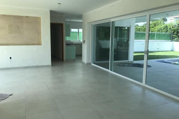 Foto de casa en venta en  , lomas de cocoyoc, atlatlahucan, morelos, 9915167 No. 02
