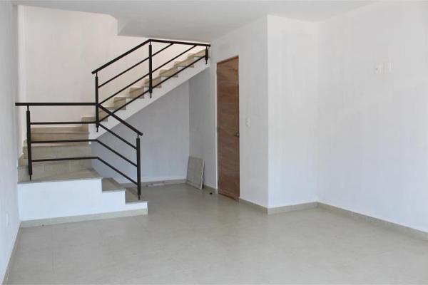 Foto de casa en venta en  , lomas de cortes, cuernavaca, morelos, 4654670 No. 02