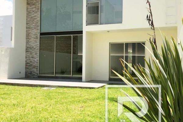 Foto de casa en venta en  , lomas de gran jard?n, le?n, guanajuato, 6169803 No. 02