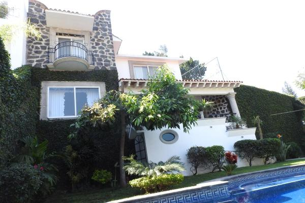 Foto de casa en venta en  , lomas de jiutepec, jiutepec, morelos, 12261609 No. 01