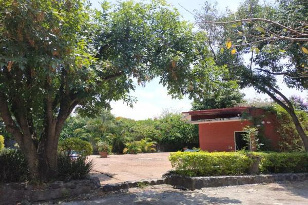 Foto de terreno habitacional en venta en  , lomas de jiutepec, jiutepec, morelos, 15380261 No. 02