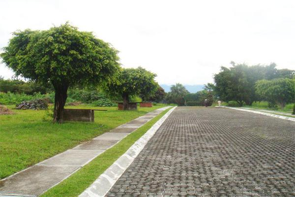 Foto de terreno habitacional en venta en  , lomas de jiutepec, jiutepec, morelos, 0 No. 02