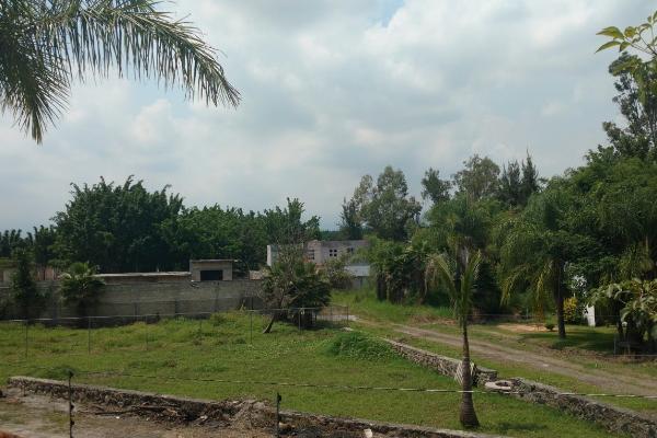 Foto de terreno habitacional en venta en  , lomas de jiutepec, jiutepec, morelos, 4237204 No. 01