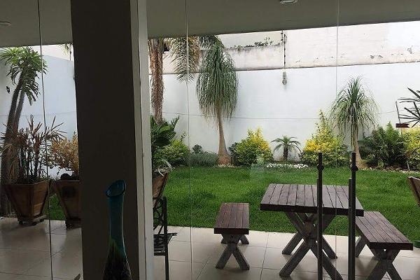 Foto de casa en venta en  , lomas de las américas, morelia, michoacán de ocampo, 5855622 No. 02