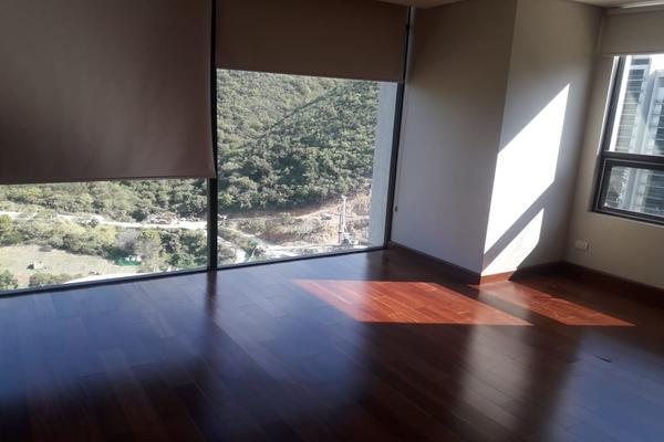 Foto de departamento en renta en  , lomas de montecristo, monterrey, nuevo león, 8275913 No. 02
