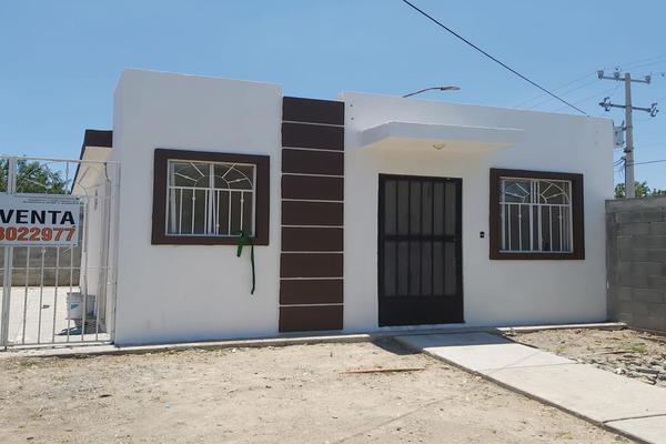 Foto de casa en venta en  , lomas de san martín, pesquería, nuevo león, 0 No. 02