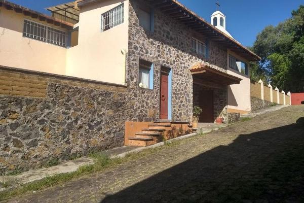 Foto de casa en venta en  , lomas de tetela, cuernavaca, morelos, 7962463 No. 01