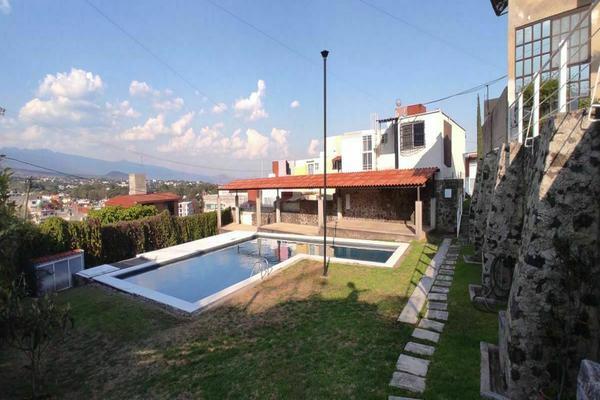 Foto de casa en venta en  , lomas de zompantle, cuernavaca, morelos, 20570125 No. 02