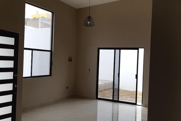 Foto de casa en venta en  , lomas del parque, hidalgo del parral, chihuahua, 6170047 No. 02