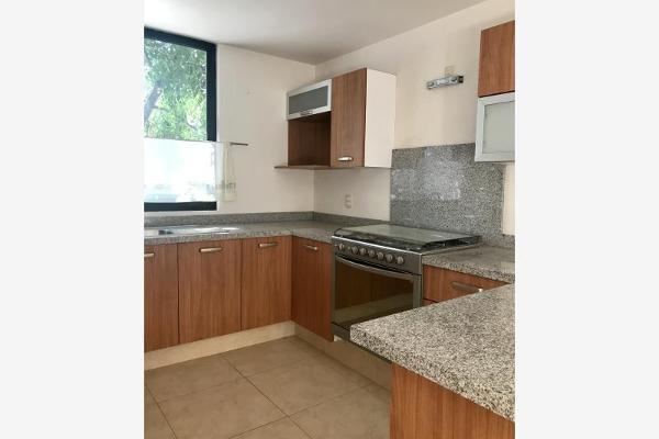 Foto de casa en venta en  , lomas del pedregal, irapuato, guanajuato, 5675570 No. 02