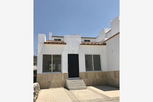 Foto de casa en venta en  , lomas del pedregal, irapuato, guanajuato, 5679508 No. 01