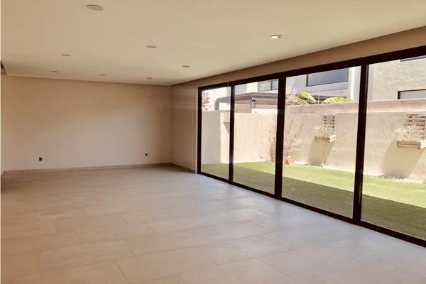 Foto de casa en venta en  , lomas del salitre, querétaro, querétaro, 9311377 No. 02
