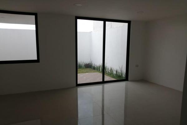 Foto de casa en venta en  , lomas del valle, puebla, puebla, 12272632 No. 03