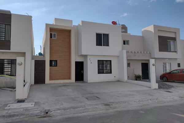 Foto de casa en venta en  , lomas del valle, ramos arizpe, coahuila de zaragoza, 0 No. 01