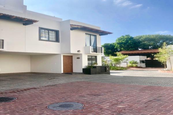 Foto de casa en venta en  , lomas estrella, iztapalapa, df / cdmx, 14029651 No. 01
