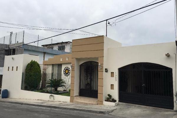 Foto de casa en venta en  , lomas modelo, monterrey, nuevo león, 7907180 No. 01