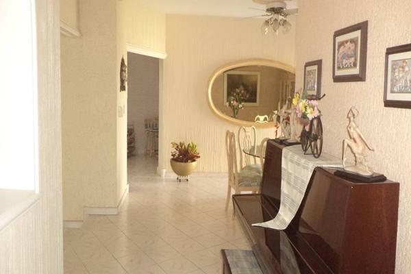 Foto de casa en venta en  , lomas verdes, colima, colima, 7254427 No. 04