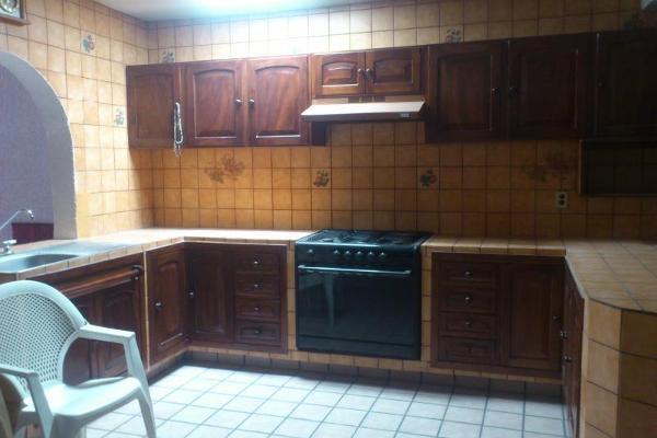 Foto de casa en venta en  , lomas vistahermosa, colima, colima, 2674556 No. 04