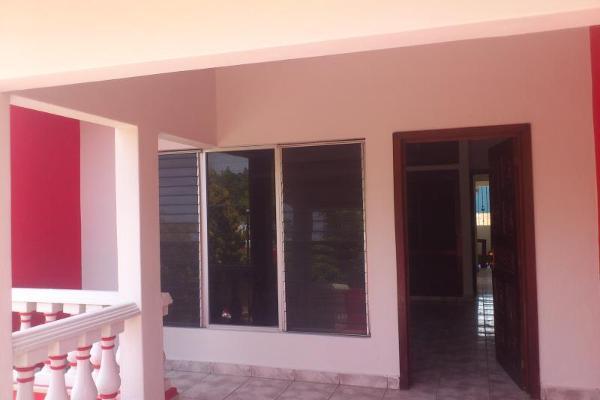 Foto de casa en venta en  , lomas vistahermosa, colima, colima, 2674556 No. 11
