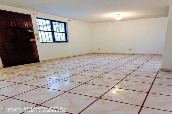 Foto de casa en renta en  , los alcaldes, guanajuato, guanajuato, 18159125 No. 03