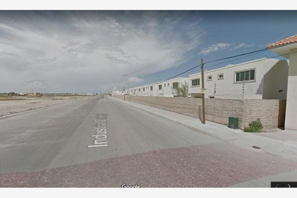 Foto de terreno habitacional en venta en  , los arrayanes, gómez palacio, durango, 6210222 No. 02