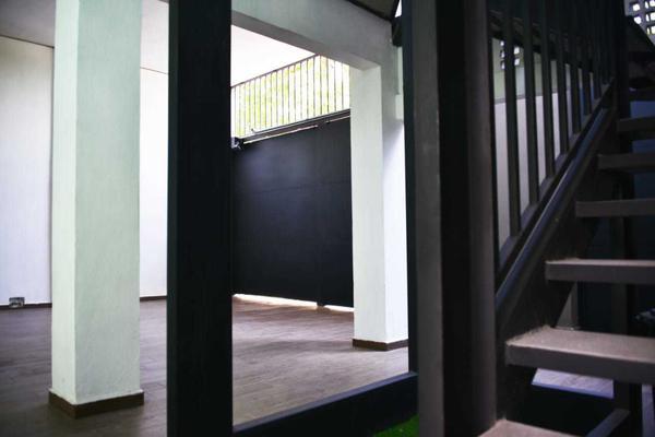 Foto de casa en venta en  , los cedros, monterrey, nuevo león, 15457536 No. 02