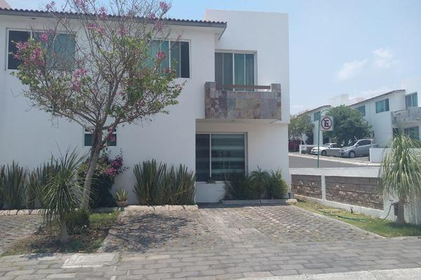Foto de casa en venta en  , los encinos, querétaro, querétaro, 14034374 No. 01