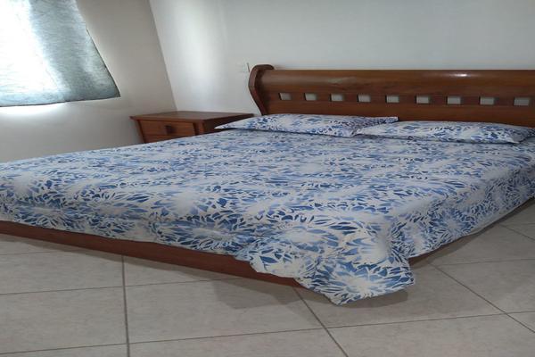 Foto de casa en venta en  , los encinos, querétaro, querétaro, 14034374 No. 02