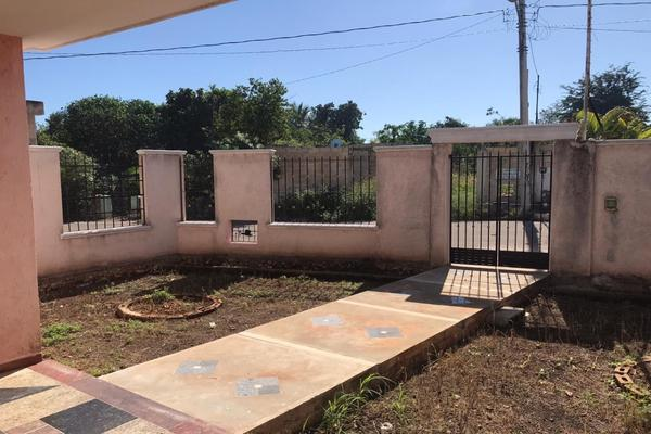 Foto de casa en venta en  , los héroes, mérida, yucatán, 14028392 No. 01