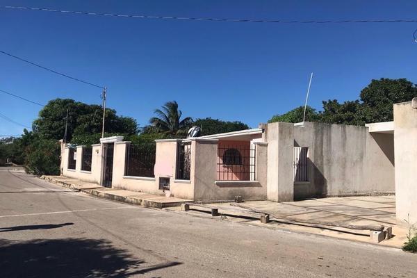 Foto de casa en venta en  , los héroes, mérida, yucatán, 14028392 No. 02