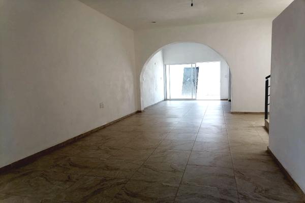 Foto de casa en venta en  , los jazmines, colima, colima, 20579588 No. 02