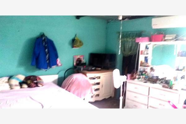 Foto de casa en venta en  , los nogales ii, saltillo, coahuila de zaragoza, 0 No. 06
