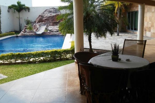Foto de casa en venta en  , los olivos, colima, colima, 5395763 No. 02