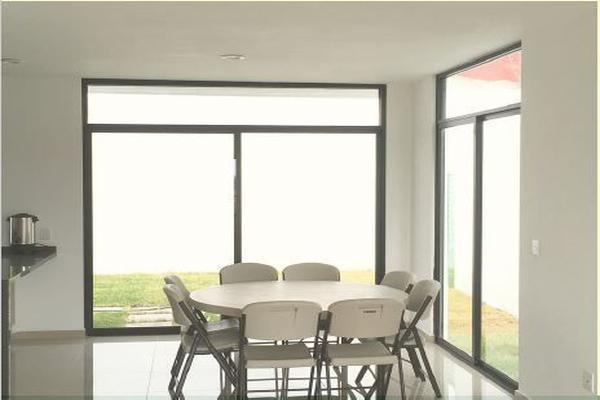 Foto de casa en venta en  , los olvera, corregidora, querétaro, 14034229 No. 02