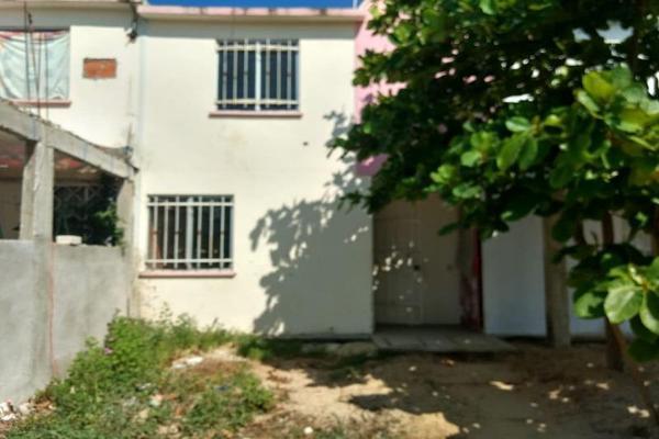 Foto de casa en venta en  , los órganos san agustín, acapulco de juárez, guerrero, 8721286 No. 01