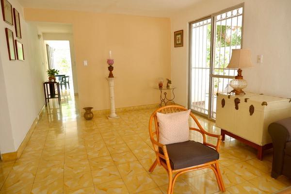 Foto de edificio en venta en  , los pinos, mérida, yucatán, 21427963 No. 03