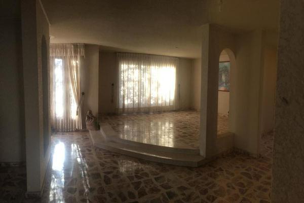 Foto de casa en venta en  , los pinos, mérida, yucatán, 8100723 No. 01