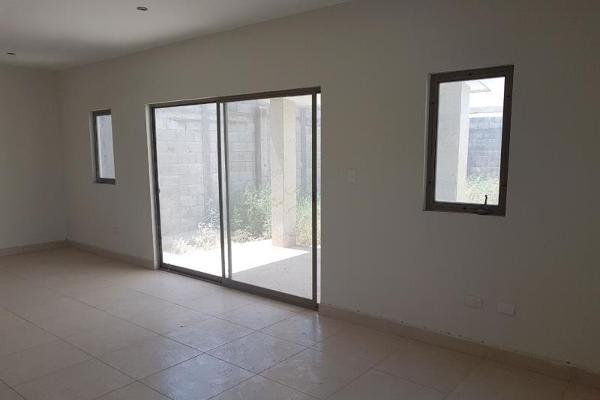 Foto de casa en venta en  , los portones, torreón, coahuila de zaragoza, 5414379 No. 03