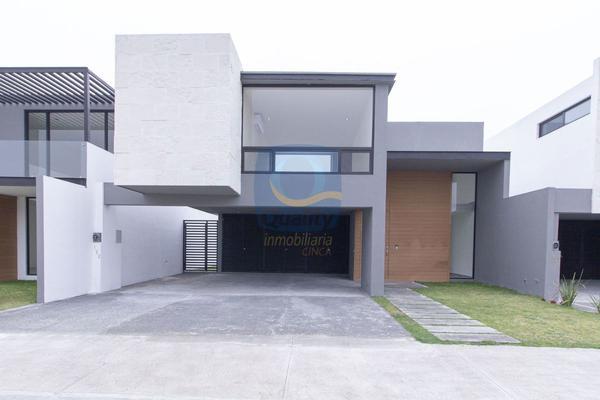Foto de casa en venta en  , los rodriguez, santiago, nuevo león, 14037840 No. 01