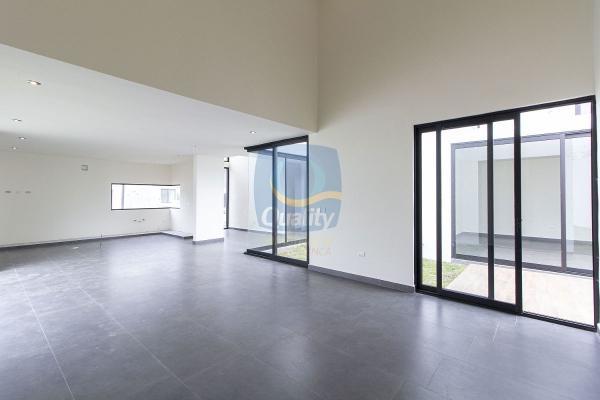 Foto de casa en venta en  , los rodriguez, santiago, nuevo león, 14037844 No. 05